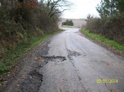 o Alcalde ten abandonados ós veciños de Eimer ó manter intransitable dende hai anos a estrada que vai a Rubián